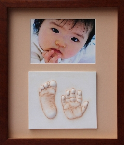 hand and foot impressions with photo